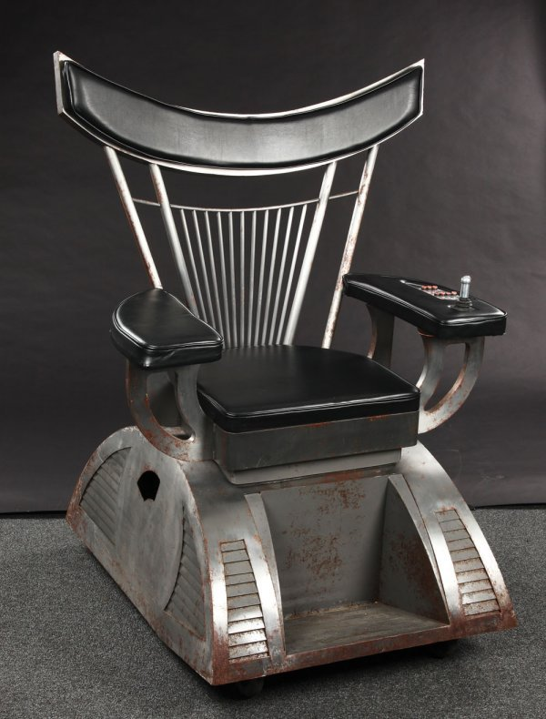 Dr. Evil motorized chairs - Austin Powers in Goldmember - 2