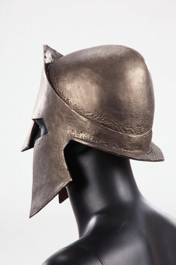 Spartan helmet & shield from 300 - 3