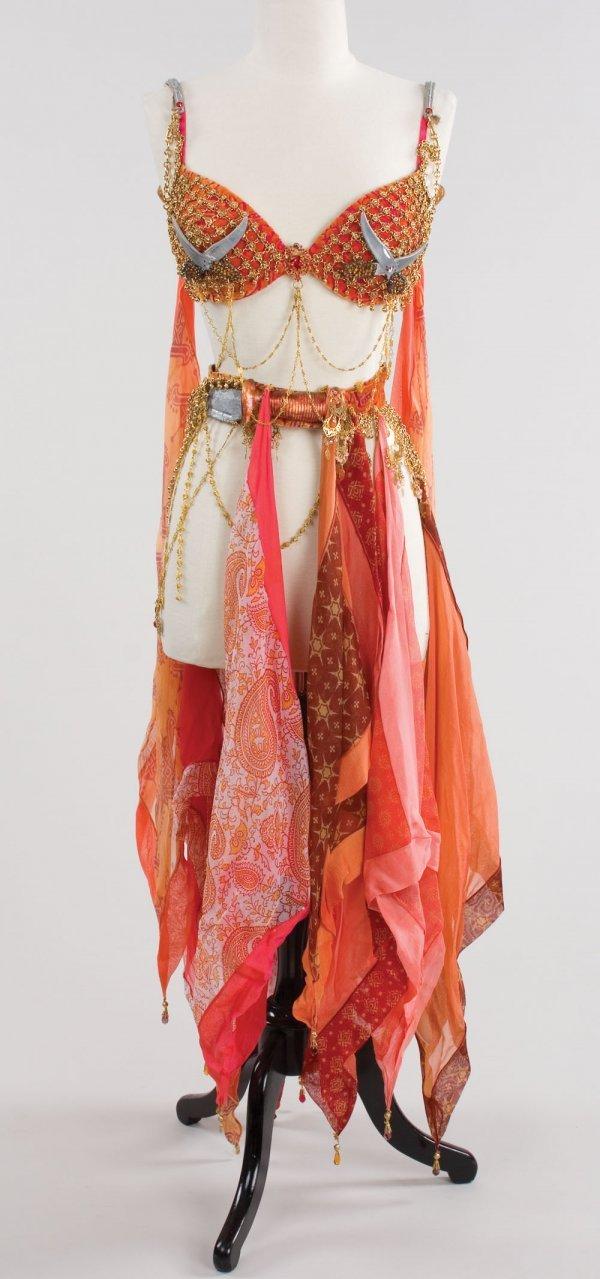 Paz Vega exotic belly dance costume from The Spirit