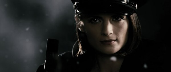Stana Katic Morgenstern Police ensemble from The Spirit - 4