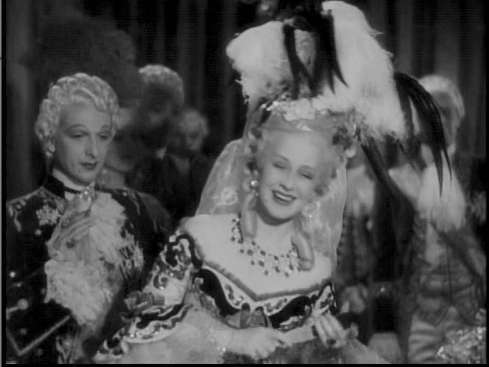 Norma Shearer two-piece gown from Marie Antoinette - 2