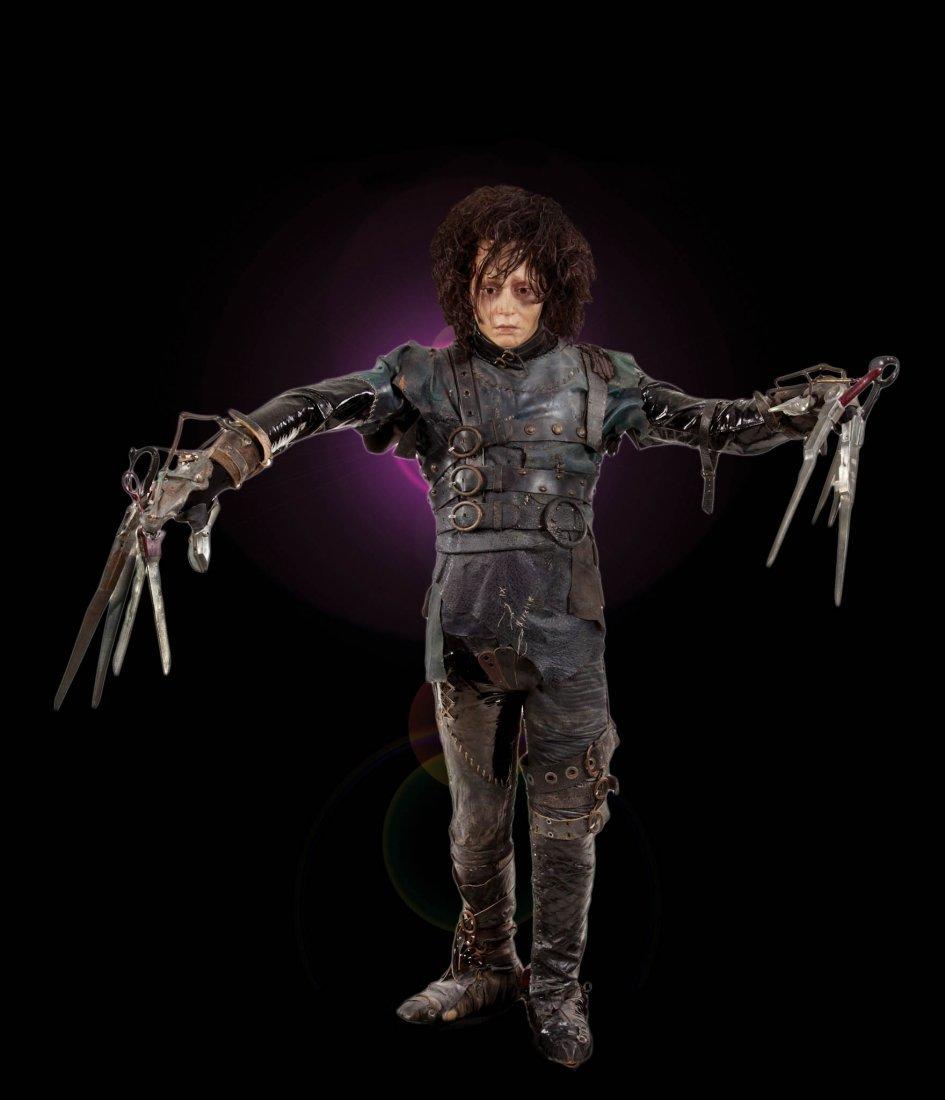 9: Edward Scissorhands Johnny Depp costume & display