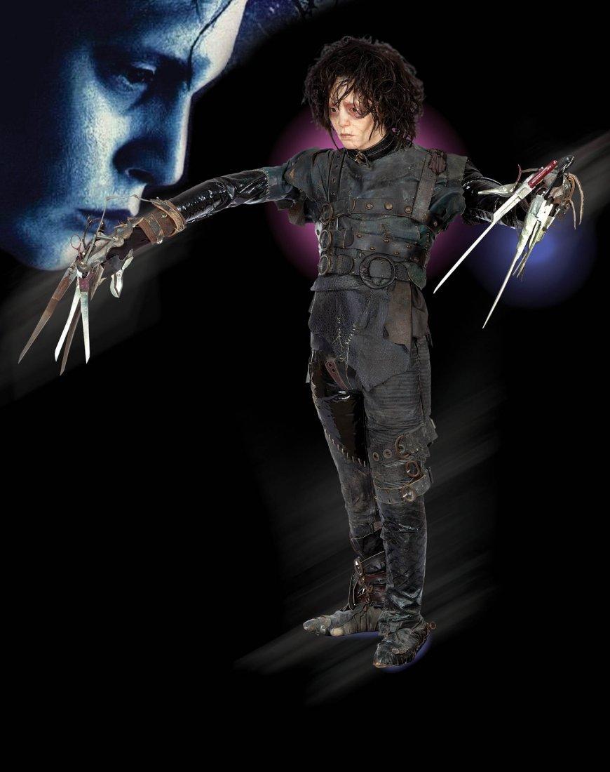 9: Edward Scissorhands Johnny Depp costume & display - 3