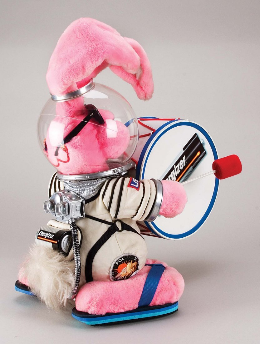 252: ENERGIZER BUNNY FROM TV COMMERCIALS OF 1980S & 90S - 2