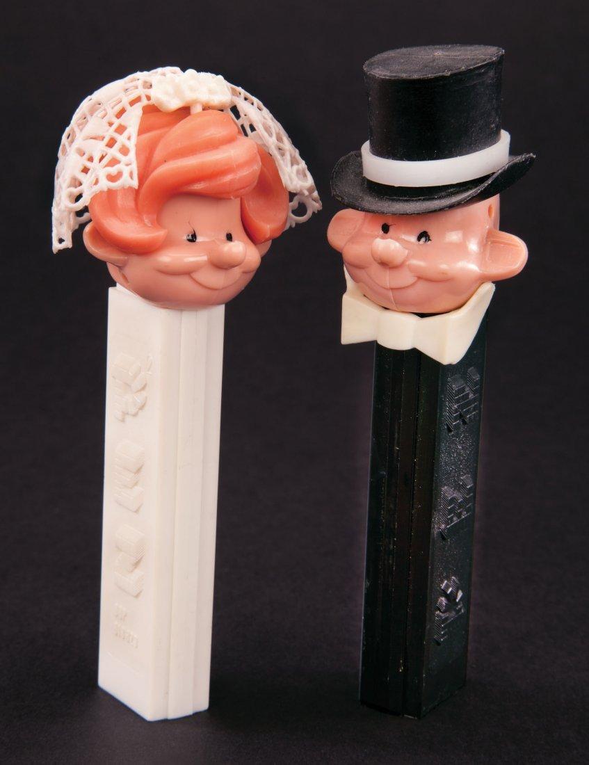 330: (2) PROTOTYPE BRIDE & GROOM PEZ DISPENSERS