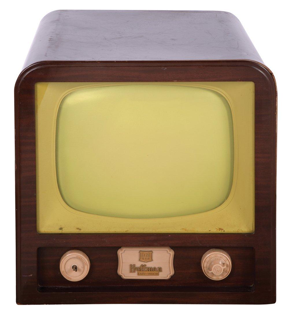 "438: VINTAGE HOFFMAN ""EASY VISION"" TELEVISION"