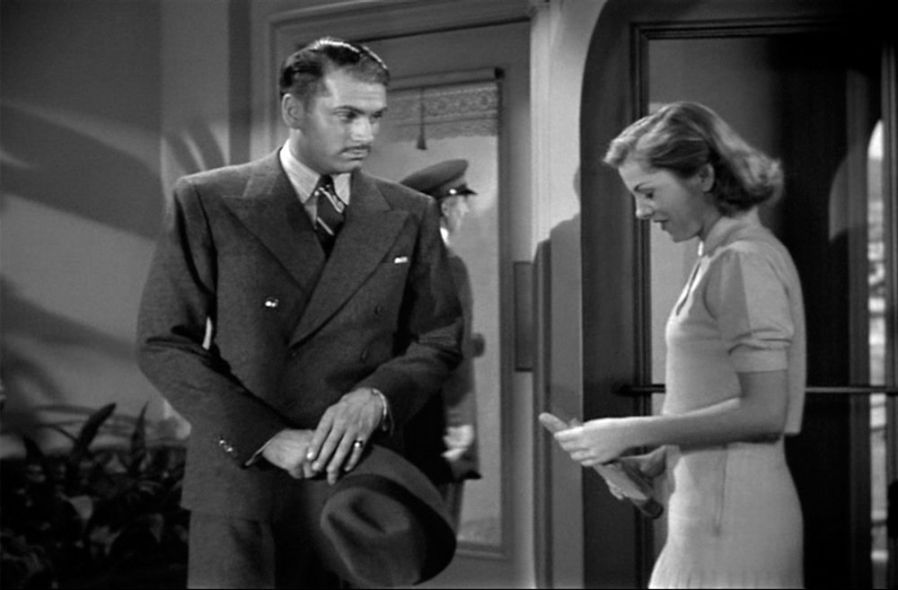 559: LAURENCE OLIVIER SUIT FROM REBECCA