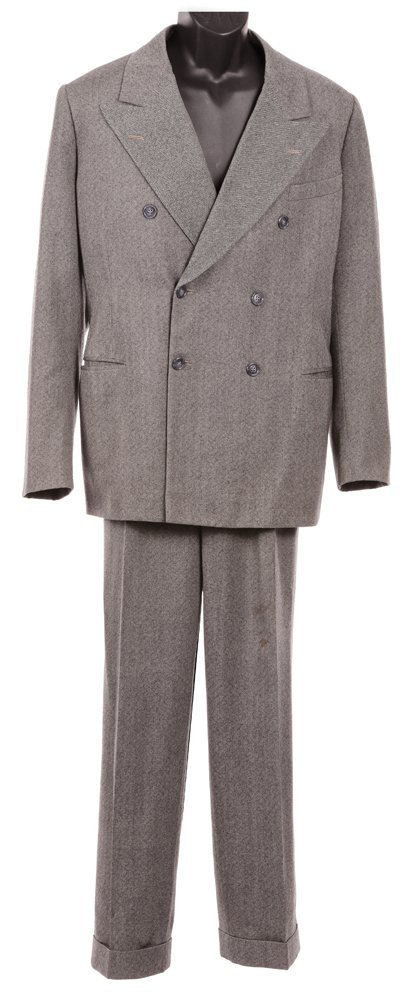 559: LAURENCE OLIVIER SUIT FROM REBECCA - 2