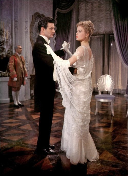 "Grace Kelly ""Princess Alexandra"" ivory period dress - 2"
