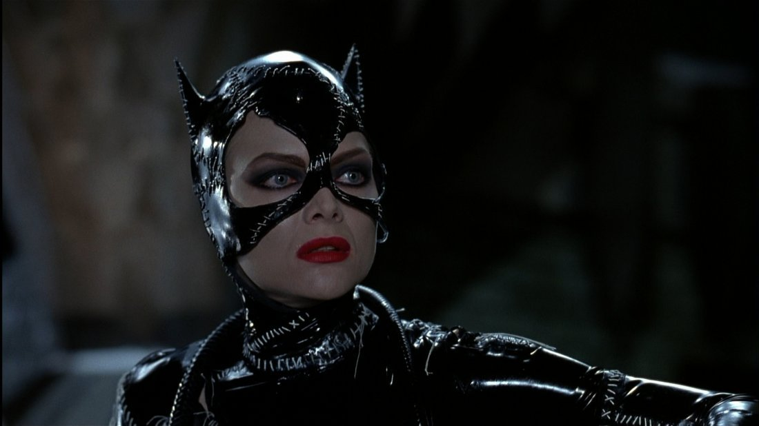 "Michelle Pfeiffer stage 2 ""Catwoman"" cowl from Batman - 5"