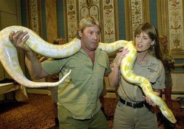 Steve Irwin and Terri Irwin costume lot from The - 5