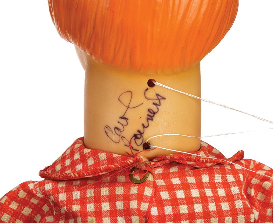 "Carol Burnett signed ""Charwoman"" vintage - 2"