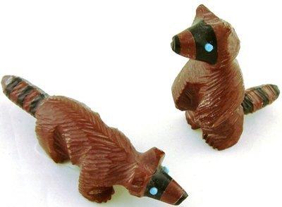 1006: 2 Zuni raccoon fetishes