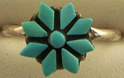 1011: Sterling silver & turquoise cluster ring