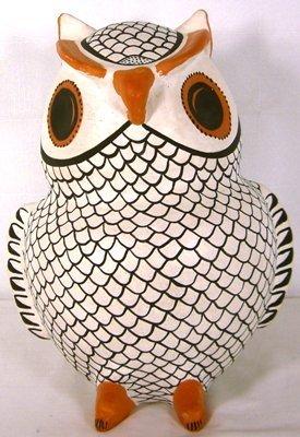 1021: Large Acoma ceramic owl by E Histia