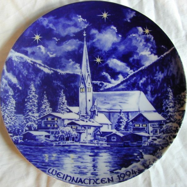 022: 1994 Bavarian Weinachzen Christmas Plate