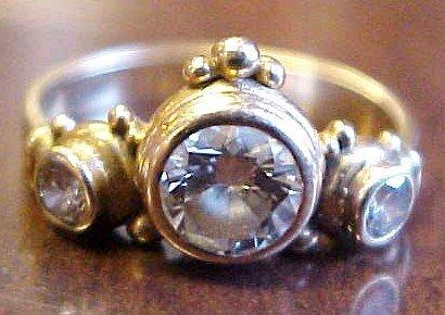 184: 14k Gold 3-Diamond Engagement Ring sz6
