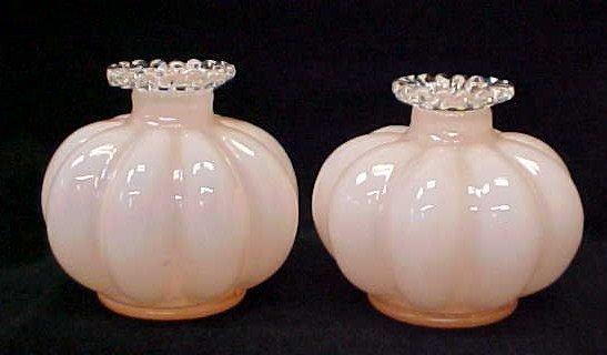 018: Pr Pink Case Glass Mellon Vases w/Ruffled Edges