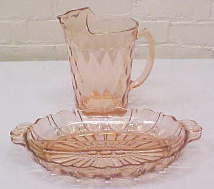 023: Pink Depression Glass Oyster & Pearl & Hazel Atlas