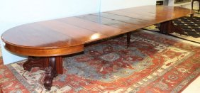 Mahogany Banquet Table With Eight Leaves