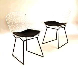 A set of four 420C dining chairs, designed by Har
