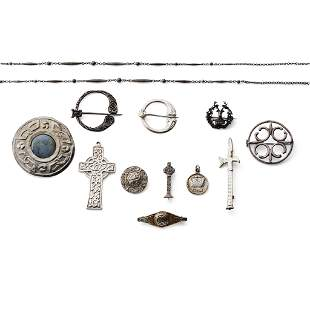 A COLLECTION OF CELTIC JEWELLERY