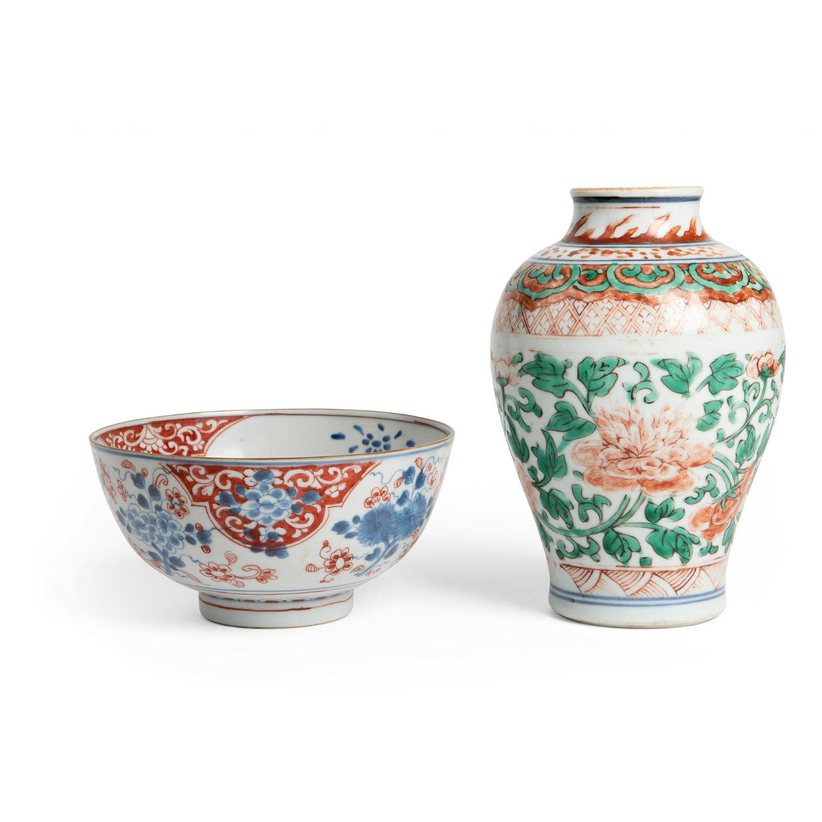 TWO POLYCHROME PORCELAIN WARES QING DYNASTY, 17TH-18TH