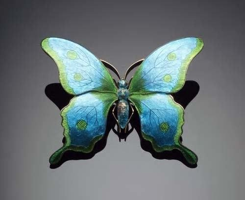 1: Child & Child - an enamelled butterfly brooch,   dec