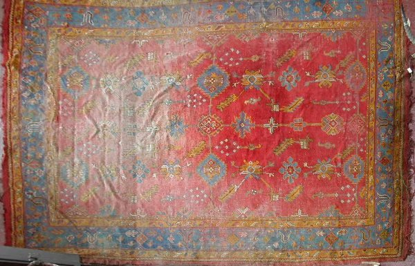 249: An Ushak carpet,the rose field with allover patter