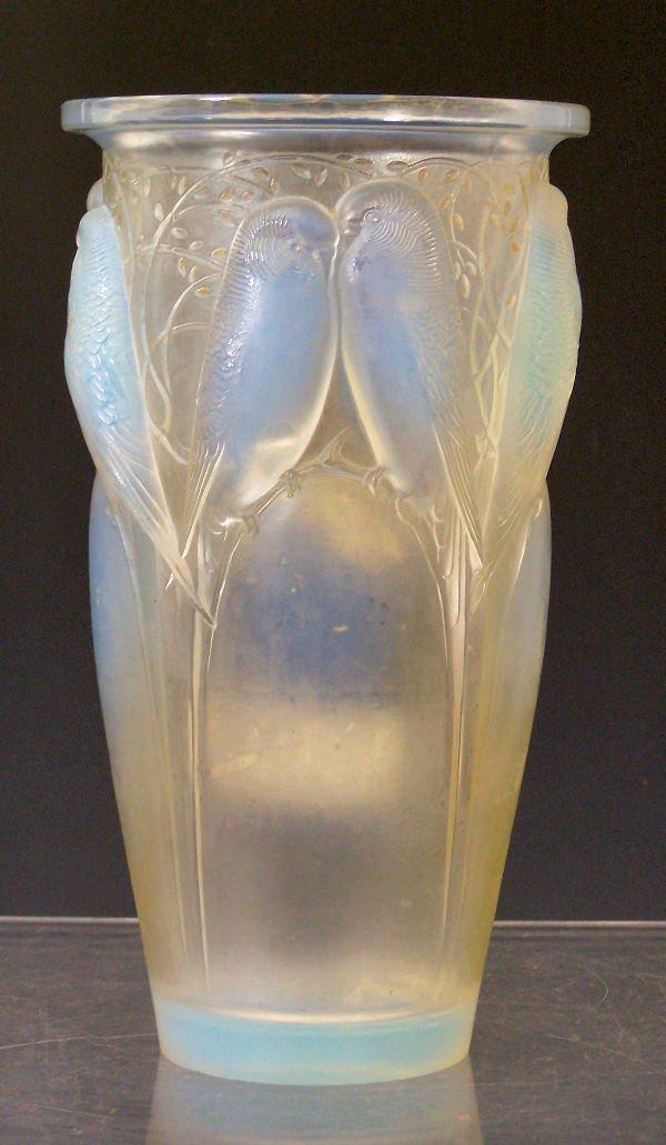 1011: 'Ceylan', a Lalique glass vase