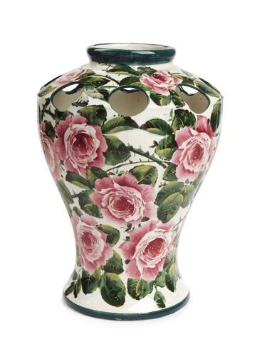 1001: A large Wemyss 'Kenmore' vase, 36.5cm high