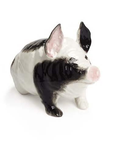 1010: A large Wemyss pig, 45cm long