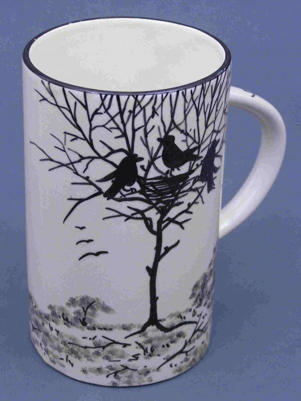1013: A Wemyss 'Earlshall' mug, 17.5cm high