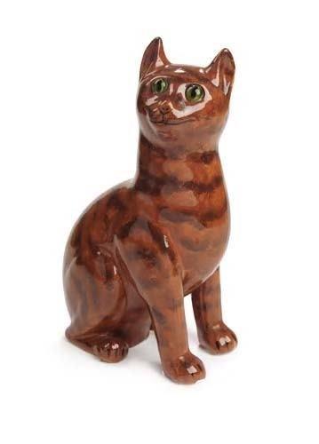 1019: A Wemyss tabby cat, 32.5cm high