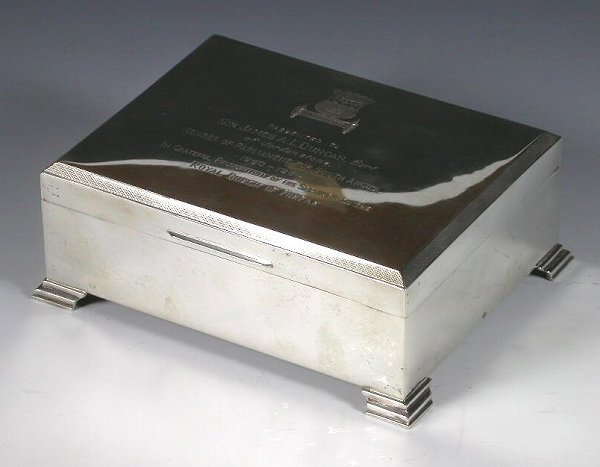 1019: A silver cigarette box, with marks for 'JSC&S LD'