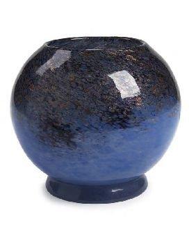 21: A Monart glass vase, 17cm high