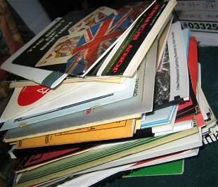 2: CLOSE UP MAGIC-ASSORTED PUBLICATIONS  A large collec