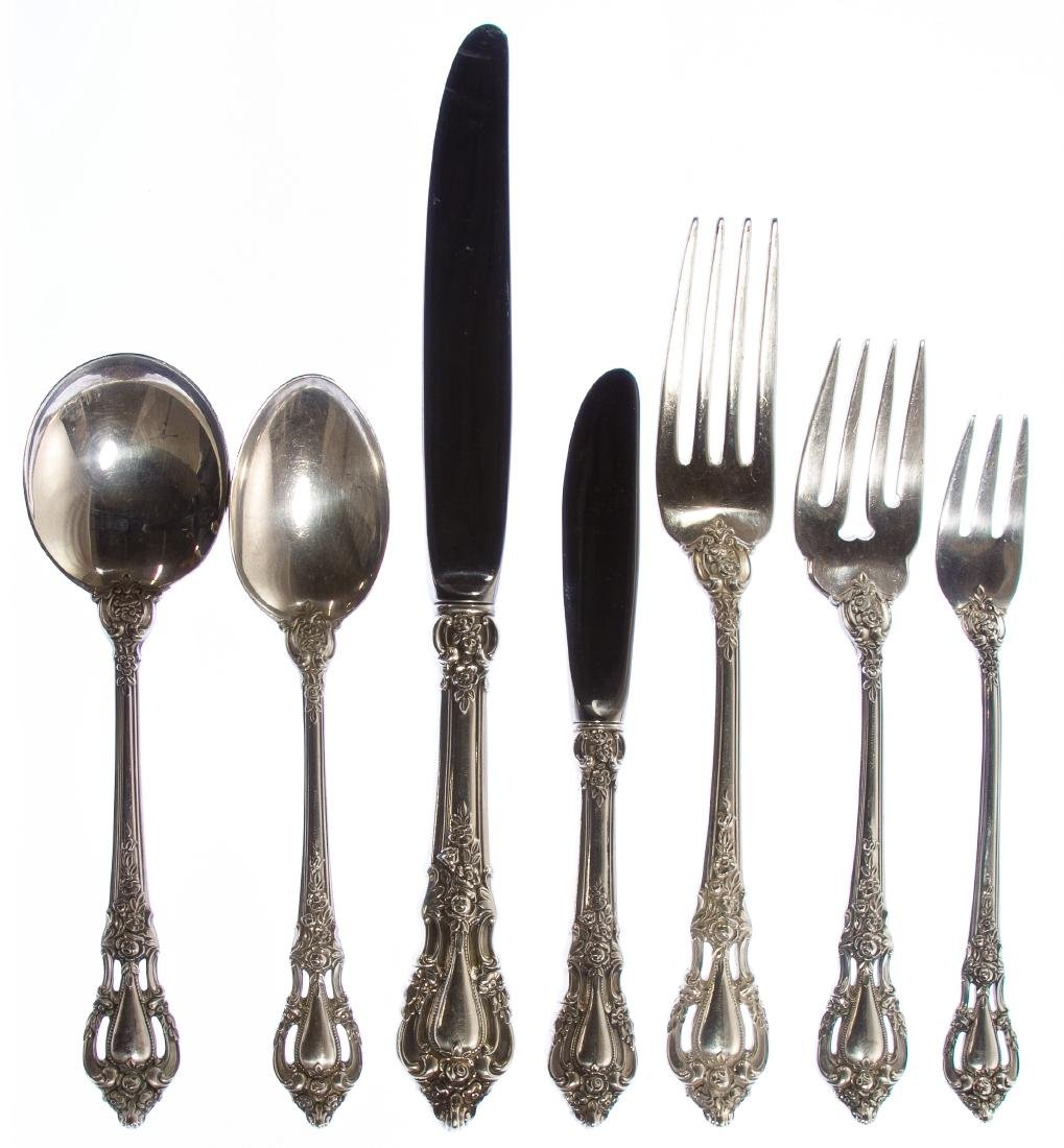 Lunt 'Eloquence' Sterling Silver Flatware Service