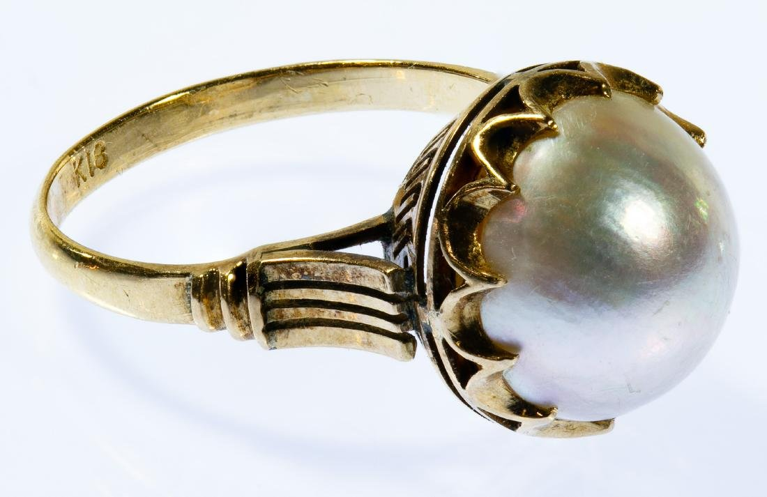 18k Gold and Mabe Pearl Ring