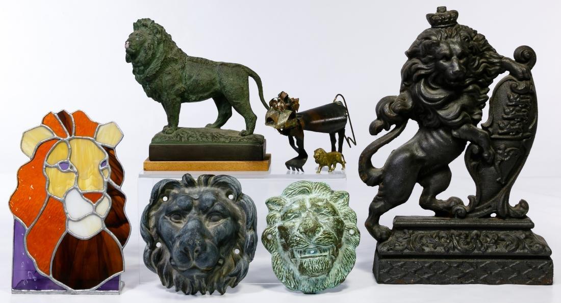 Lion Decorative Object Assortment