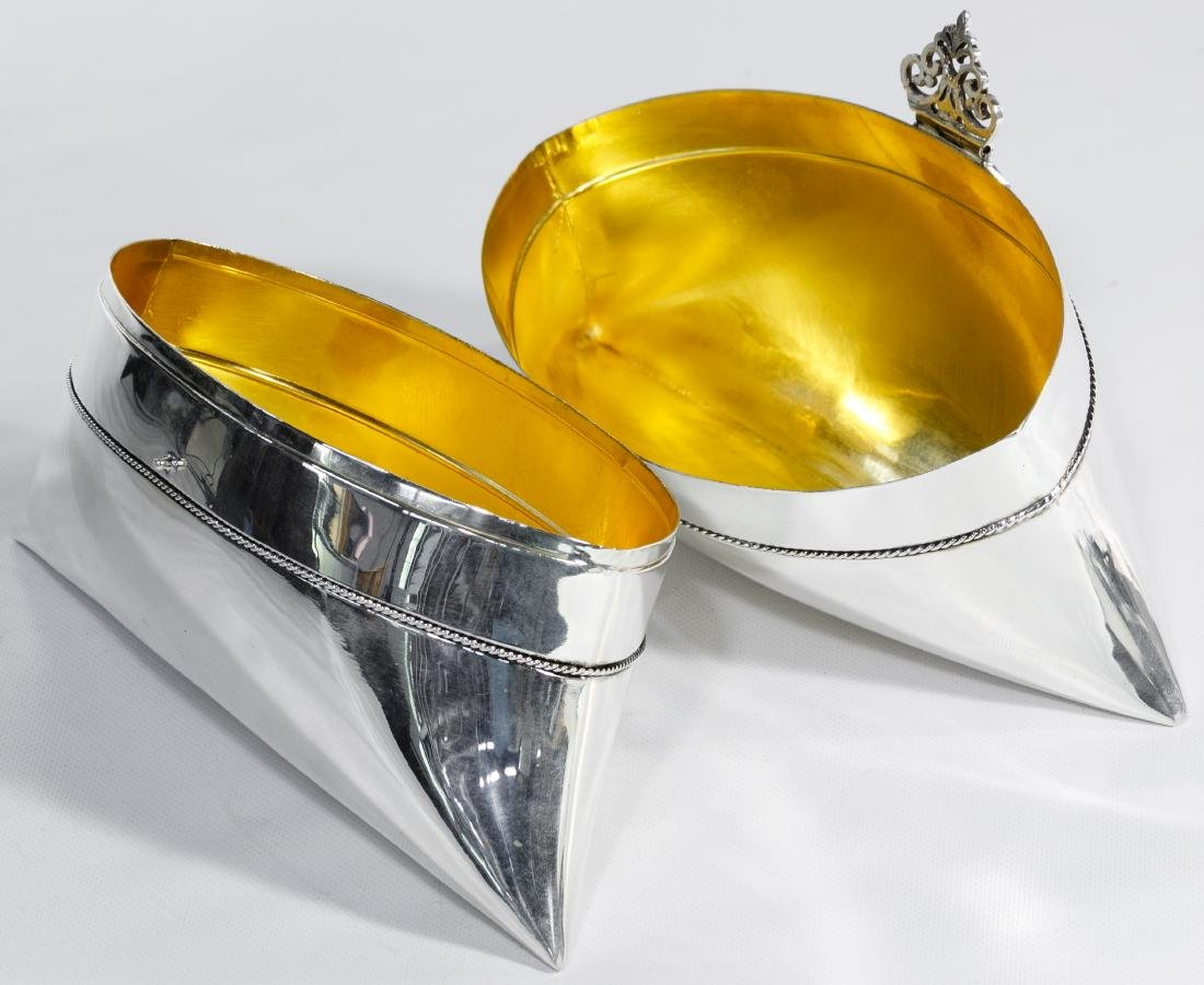 Sterling Silver Judaica Pillow-Shaped Etrog Box - 2