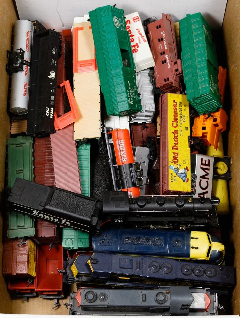 American Flyer and HO Train Assortment