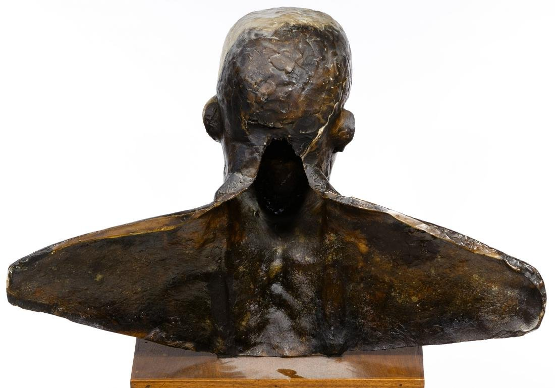 Frank Gallo (American, b.1933) Resin Figure - 3