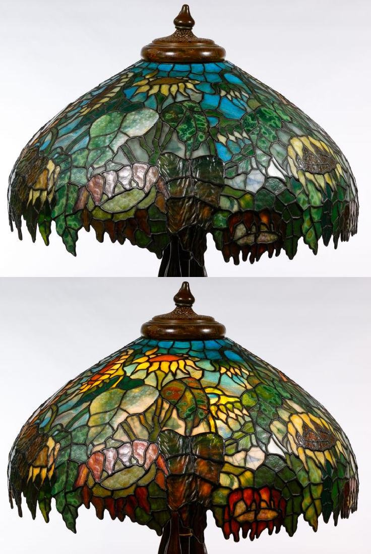 Tiffany Style 'Sunflower' Stained Glass Shade Table - 4