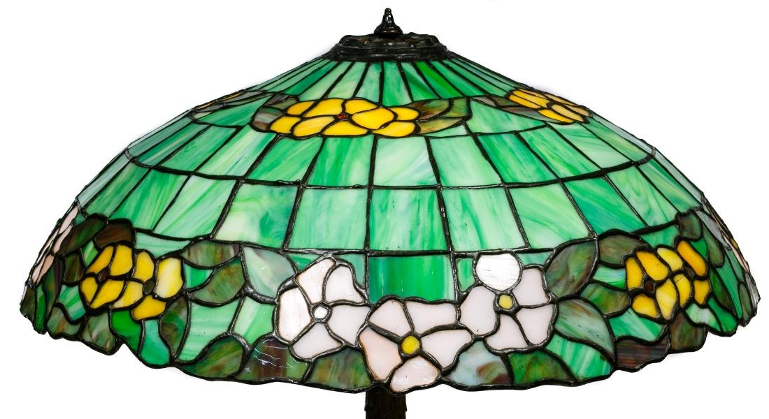 Leaded Glass Table Lamp - 4
