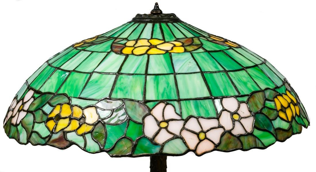 Leaded Glass Table Lamp - 6
