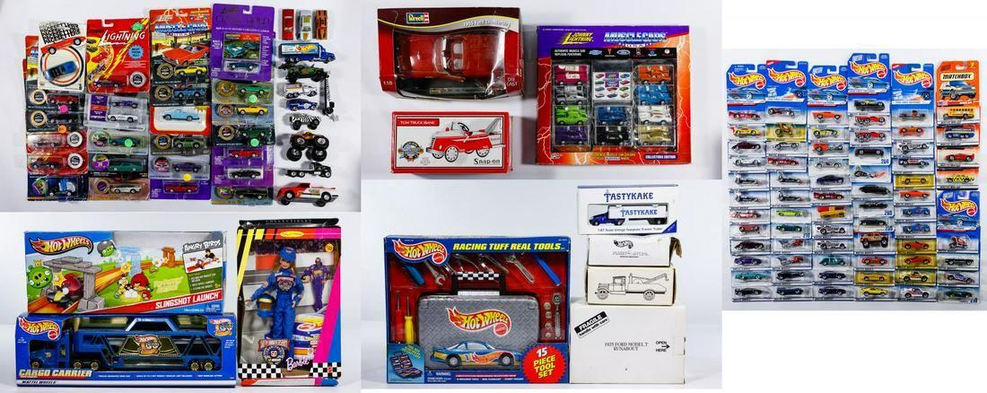 Mattel 'Hot Wheels' Car and Die Cast Car Assortment