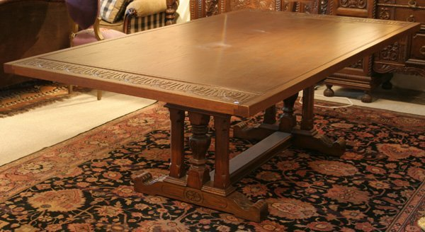 619: 619: Batesville carved oak dining table. ca. 1910