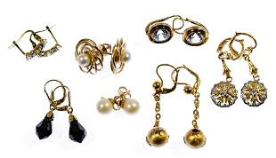 18k Yellow Gold and 14k Yellow Gold Pierced Earring