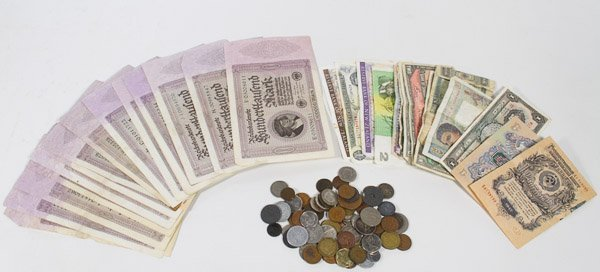 World: Currency and Coins